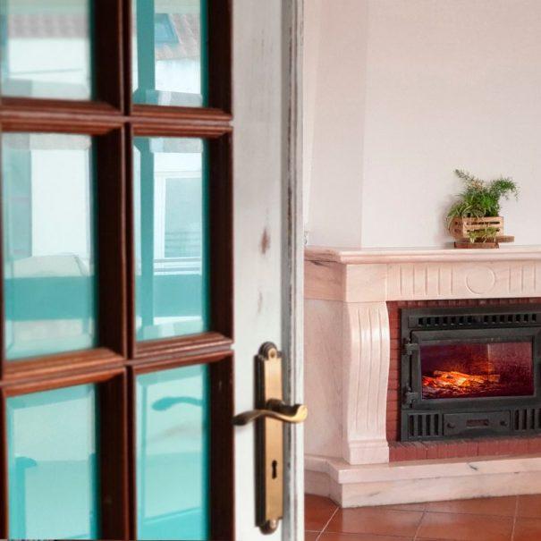 Almagreira House - Room Fire