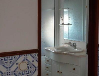 Almagreira House - Bathroom