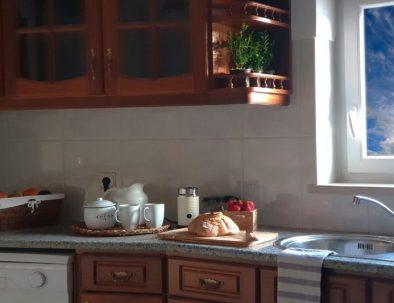 Almagreira House - Kitchen